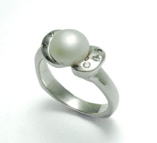 Anillo de plata ley 0,950 con peso 4,5 gramos con perla natural de cultivo de 7 mm