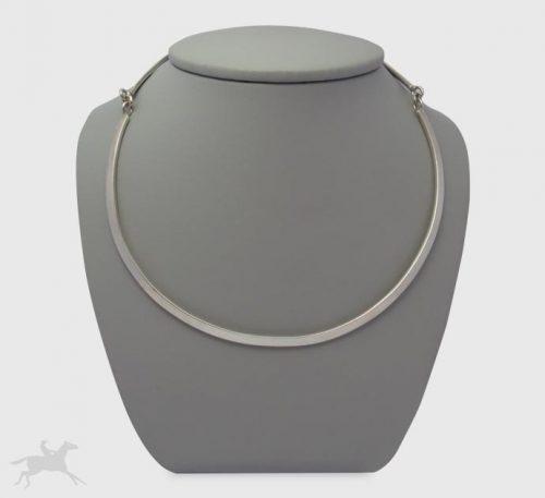 Collar de plata ley 0,950 con peso 30 gramos. Diseño de eslabón circular completo