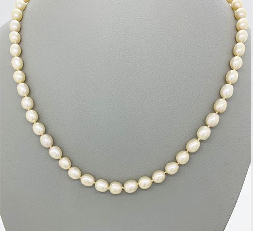 collar de perlas de cultivo