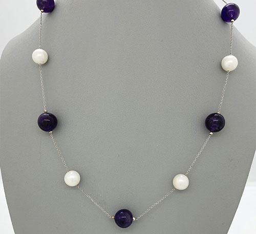 Collar de plata con perlas y amatistas naturales