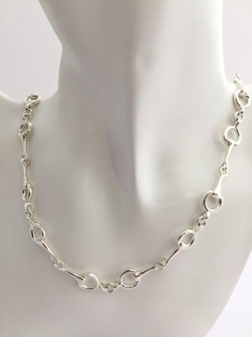 collar de plata filetes de equitación