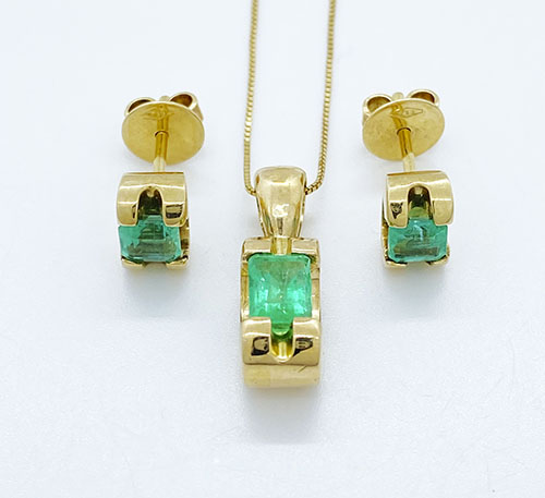 set aretes y dije colgante de oro con esmeraldas